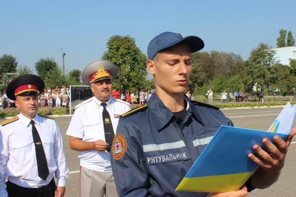 Курсанти черкаського інституту Пожежної безпеки склали присягу (ФОТО)