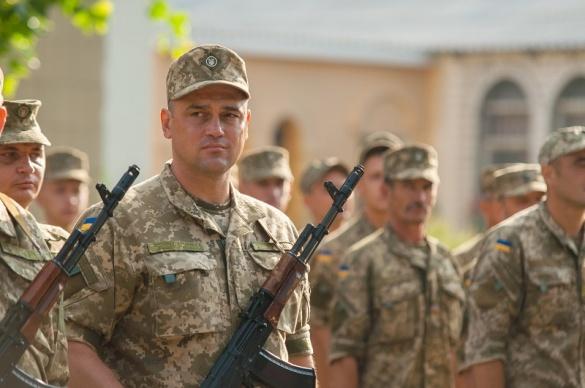 На фронт. 4 черкаські депутати, які пішли воювати із агресором