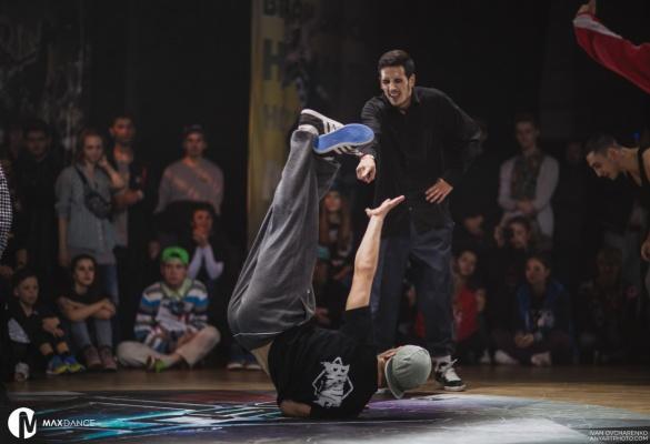 У Черкасах відбулися справжні поєдинки танцівників (ФОТО)