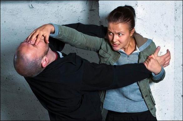 Боротьба зі страхом та пересторога: як черкащанкам захиститися від нападника