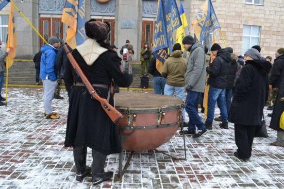 Черкаські активісти вимагали правосуддя стосовно свого вбитого побратима (ФОТО)