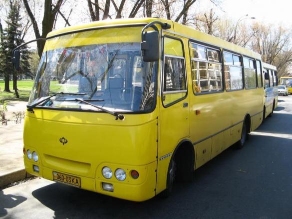 У Черкасах скандального кондуктора автобусу № 24 пообіцяли звільнити