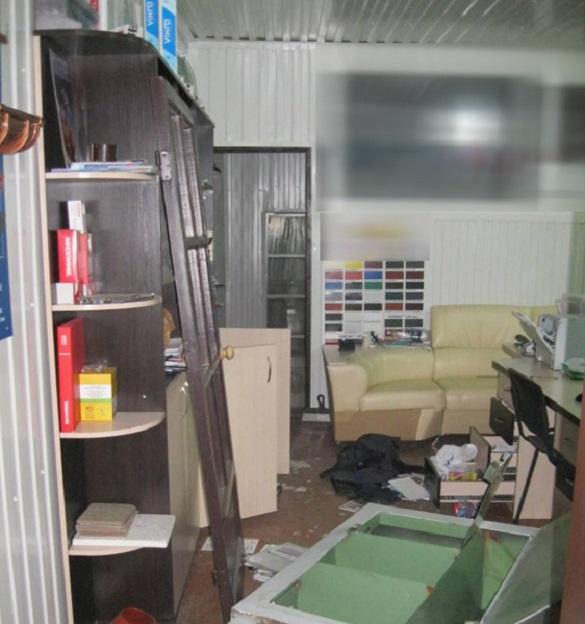На Черкащині затримали зловмисників з Одещини, які обкрадали офіси (ФОТО)