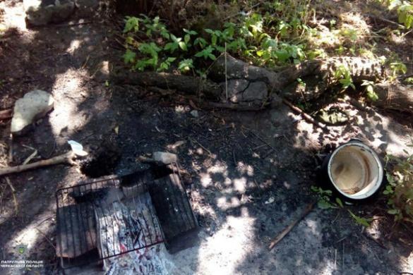 Кухня біля автовокзалу: в Черкасах двоє чоловіків варили наркотики (ФОТО)