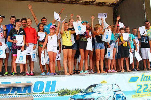 У Черкасах майже 200 спортсменів намагалися підкорити Дніпро