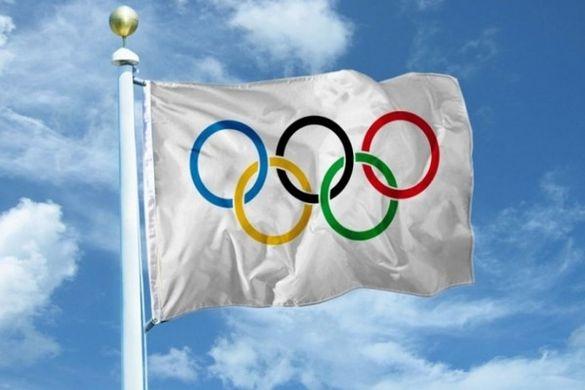 Біля Черкаської міськради замайорів олімпійський прапор (ФОТО)