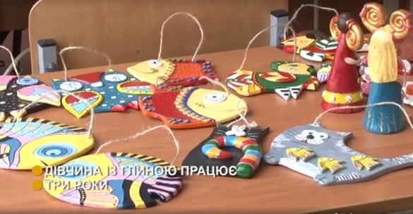 Черкаська майстриня виготовляє унікальні керамічні вироби