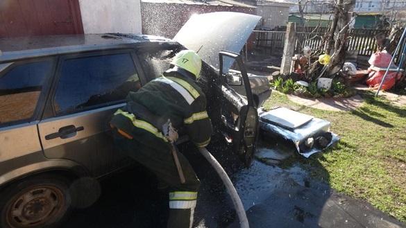Пожежа автомобіля сталася на Черкащині (ВІДЕО)