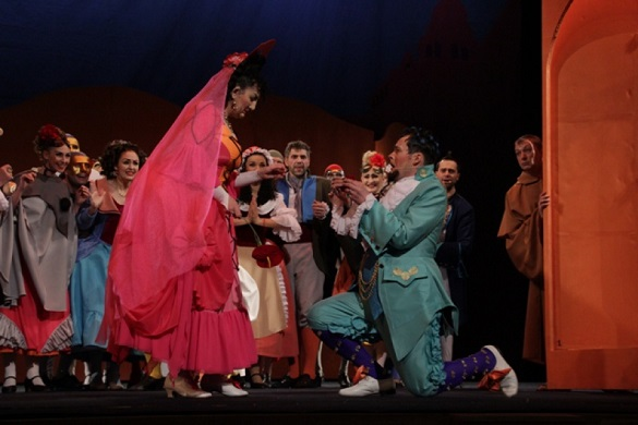 Черкаські актори повернулися до репетицій та готуються до вистав після карантину (ВІДЕО)