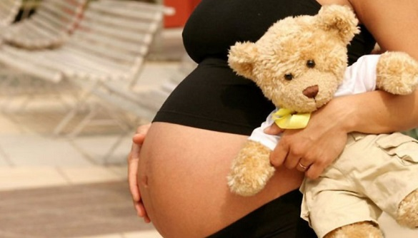 15-річна дівчина на Черкащині стала мамою