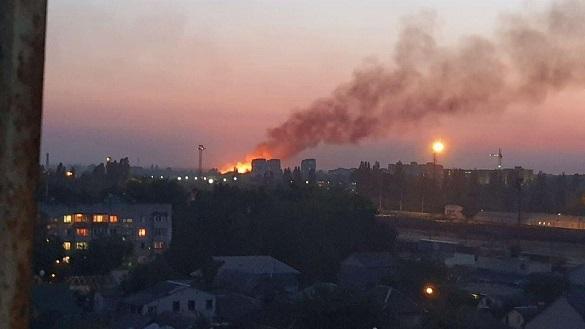 Пожежу сміттєзвалища черкаські рятувальники ліквідовували близько 17 годин (ВІДЕО)