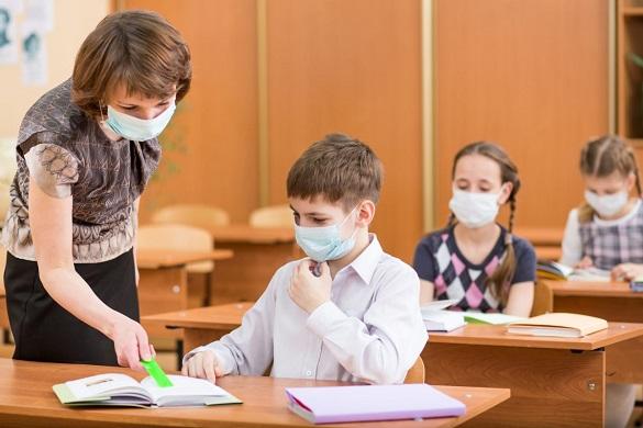 Освітяни Черкащини можуть отримати добровільну страховку від СОVID-19