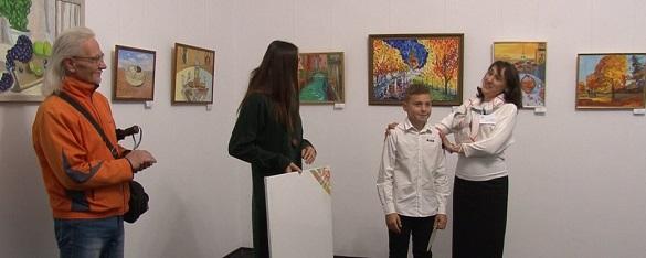 Юний черкащанин відкрив свою першу персональну виставку в Черкасах (ФОТО)