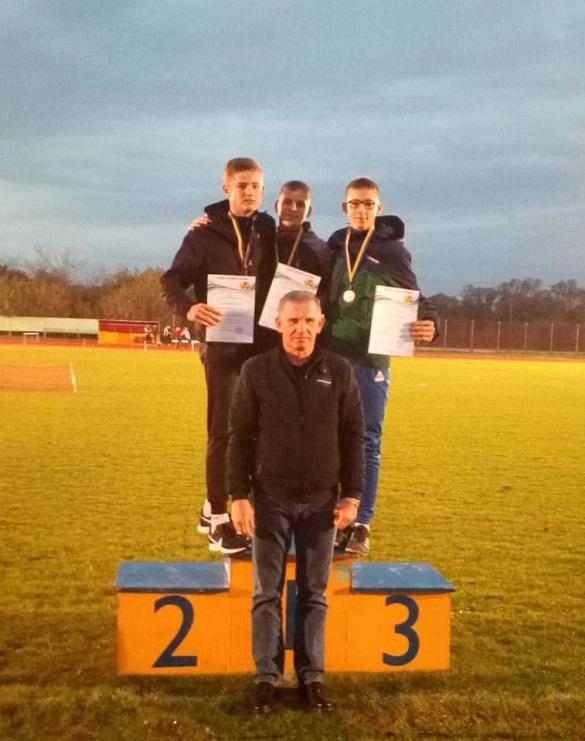 Черкаські легкоатлети отримали нагороди на чемпіонаті України