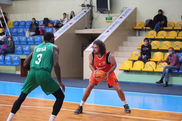 Черкаські баскетболісти програли в матчі