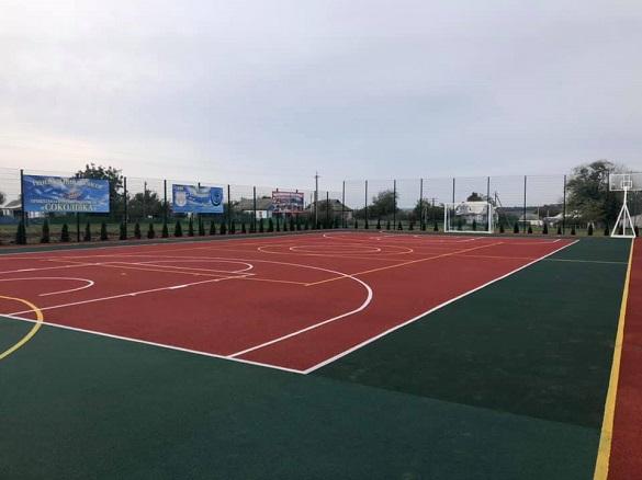 На Черкащині відкрили мультифункціональний спортивний майданчик