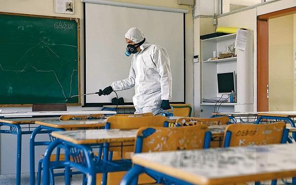Для забезпечення дезінфекційними засобами шкіл на Черкащині виділили понад 15 мільйонів гривень