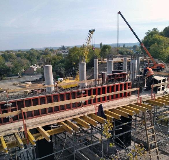 У Черкаській області реконструюють шляхопровід через залізничні колії