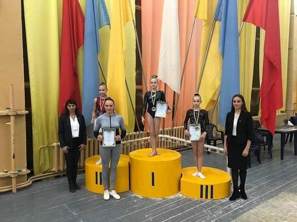 Черкаські гімнастки здобули нагороди на чемпіонаті України