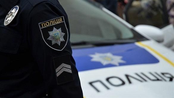 Впав із висоти власного зросту: в Черкасах поліцейські встановлювали особу постраждалого
