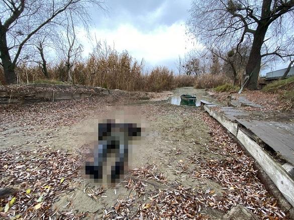 Пішов наловити ряски й не повернувся: на Черкащині потонув чоловік (ФОТО, ВІДЕО)