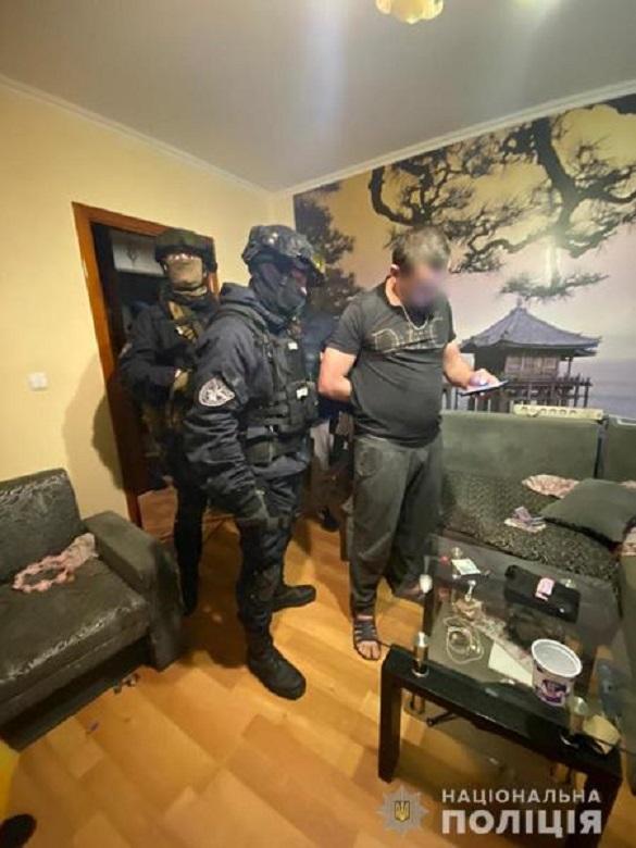 На Черкащині затримали чоловіка, який продавав наркотики (ФОТО)