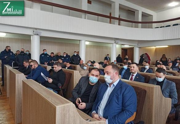 Активісти вимагають недопустити в органи Черкаської міськради членів ОПЗЖ
