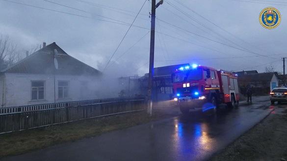 Через несправне пічне опалення на Черкащині горів будинок