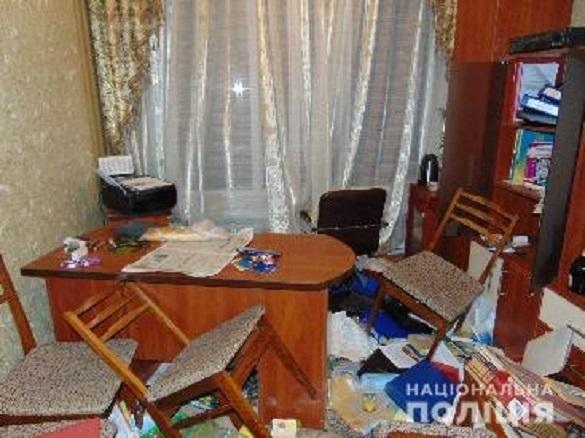У Черкаській області троє чоловіків напали на завідувачку та охоронця дитсадка