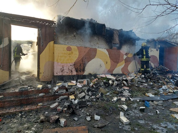 На Черкащині пічне опалення призвело до пожежі в будинку (ФОТО)