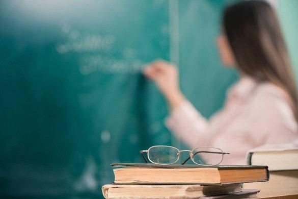 Уже цього місяця зарплати вчителів у Черкаській області зростуть на 20%