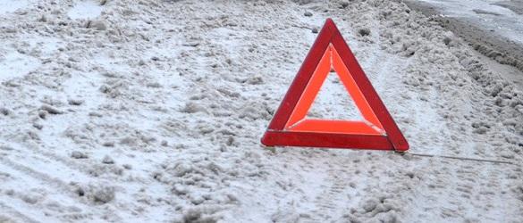 У Черкаській області під час прибирання снігу перекинувся спецтранспорт