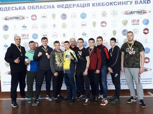 Десять спортсменів із Черкащини вибороли нагороди на чемпіонаті з кікбоксингу