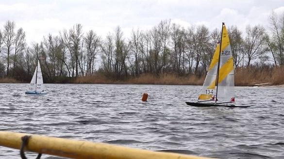 У Черкасах розпочалися змагання із судномодельного спорту (ФОТО, ВІДЕО)