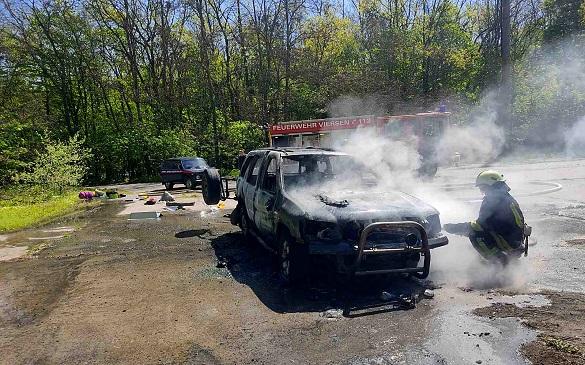 На Черкащині під час стоянки загорівся автомобіль