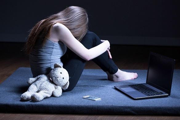 Невдале кохання, крик про допомогу та ефект Вертера: чому підлітки скоюють самогубства та як їм запобігти на Черкащині