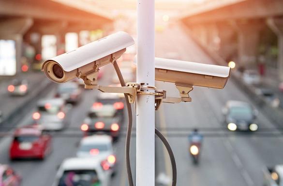 Відсьогодні на автодорогах побільшає камер відеоспостереження, які фіксуватимуть водіїв-порушників