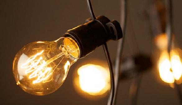 Будинки, турбази та приватні підприємства: хто сьогодні в Черкасах буде без світла