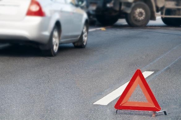 На Черкащині зіштовхнулись два легковики та вантажівка: серед постраждалих - неповнолітні