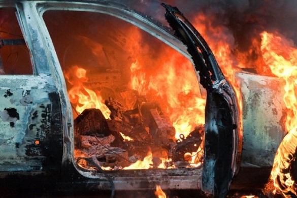 Під час руху в Черкаській області загорівся автомобіль