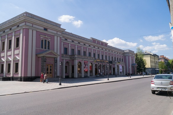 Кожної серпневої неділі в Черкасах Хрещатик перетворюватиметься на пішохідну вулицю