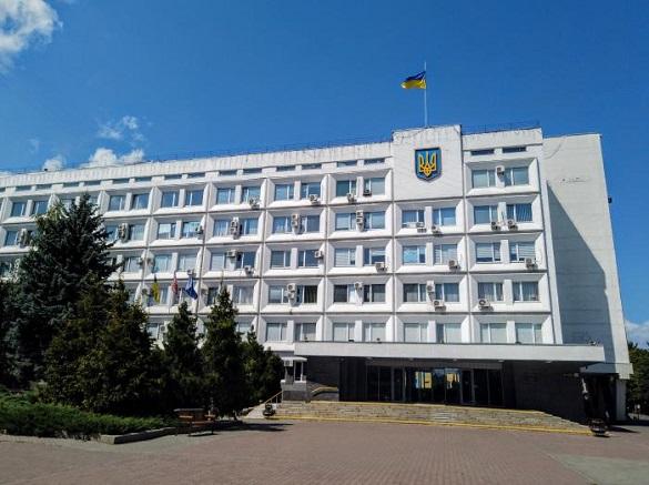 Колишньому черкаському чиновнику можуть виплатити майже 150 тисяч гривень з бюджету