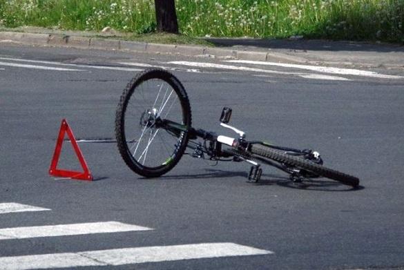 Поблизу Черкас сталася смертельна аварія: загинув велосипедист