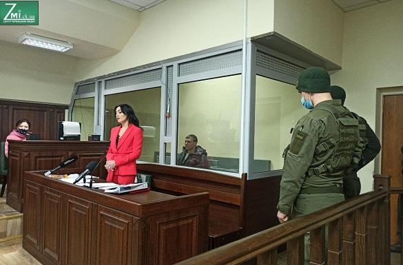 Обвинуваченому в смертельному побитті чоловіка біля черкаського нічного клубу дали умовний термін