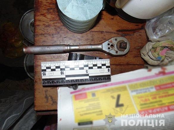 На Черкащині чоловік вдарив жінку по голові металевим ключем заради пограбування