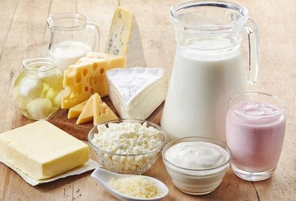 Молоко, сметана, домашній сир: у Черкасах стрімко здорожчали молочні продукти