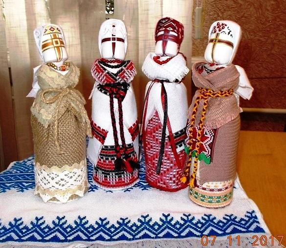Черкащанка створює ляльки-мотанки неймовірної краси (ФОТО)