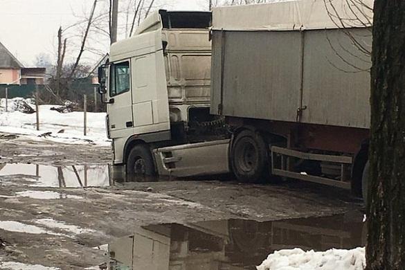 У Черкасах вантажівка