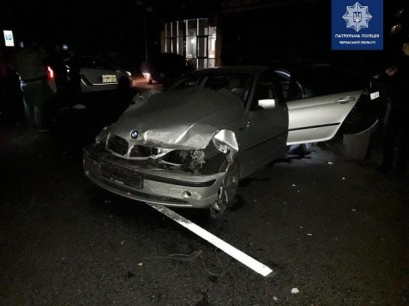 Побив п'ять машин і втік: у Черкасах сталася масштабна ДТП (ФОТО)