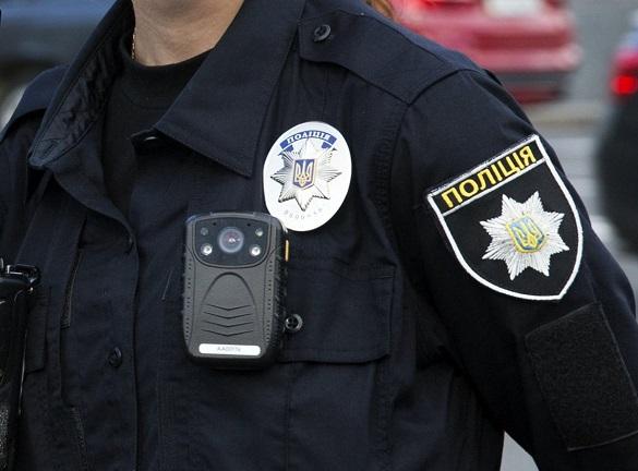 У Черкасах екс-патрульний порушив вимоги Закону України